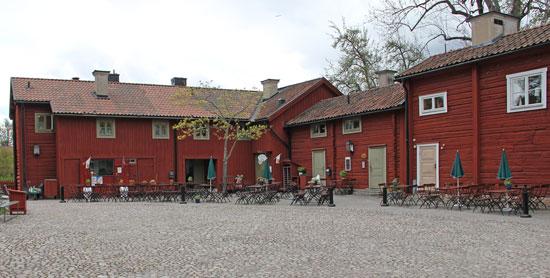 Wadköpings Café och matsal finns inrymt i Tenngjutaregården.