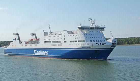 Finneagle är en av de båtar som brukar frakta oss från Kapellskär till Nådendal.