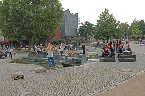 Köln_Vattenlek