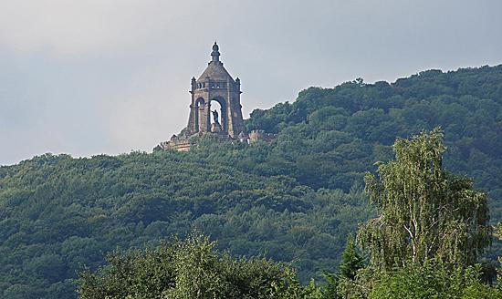 Kaiser-Wilhelm-Monument