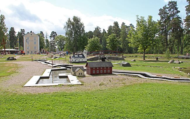 Norrkvarn med Göta kanal i miniatyr.
