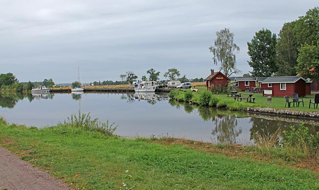 Ställplats Jonsboda är en liten idyll längs denna kanalsträcka.