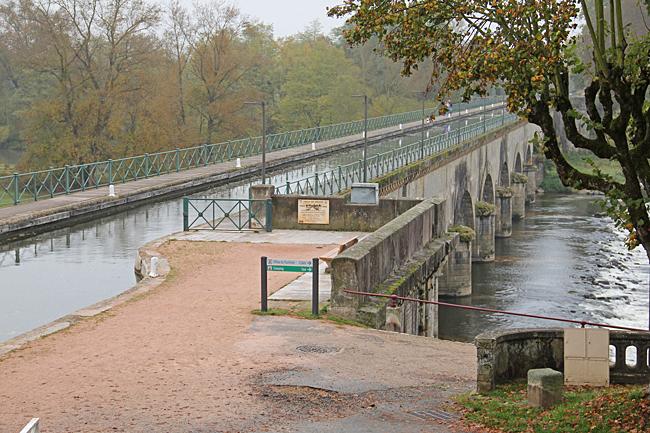 Akvedukten i Digoin.