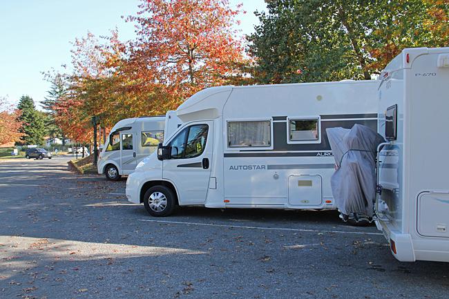 I Espelette finns en husbilsparkering där det går utmärkt att övernatta.