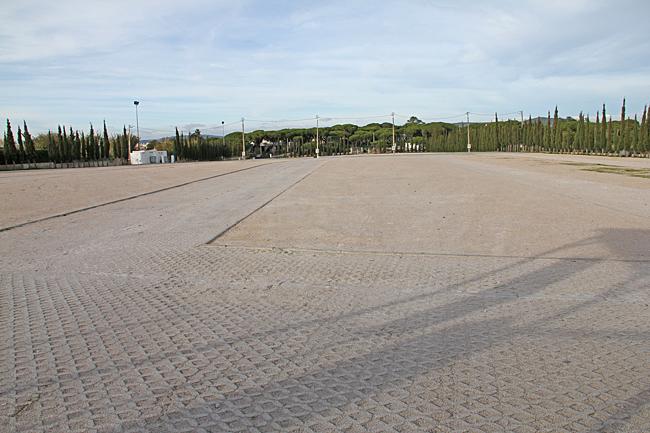 När vi kommer tillbaka till Fonte Santa är ställplatsen helt tömd på husbilar.