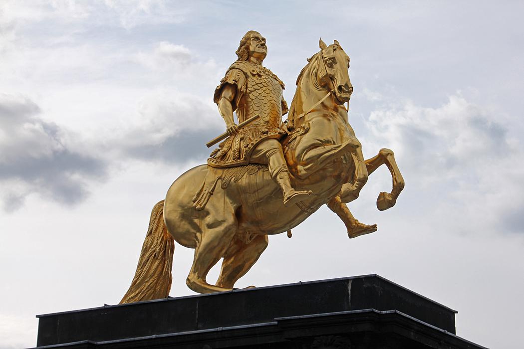 Den Gyllene Ryttaren anses vara det mest kända monumentet i Dresden.