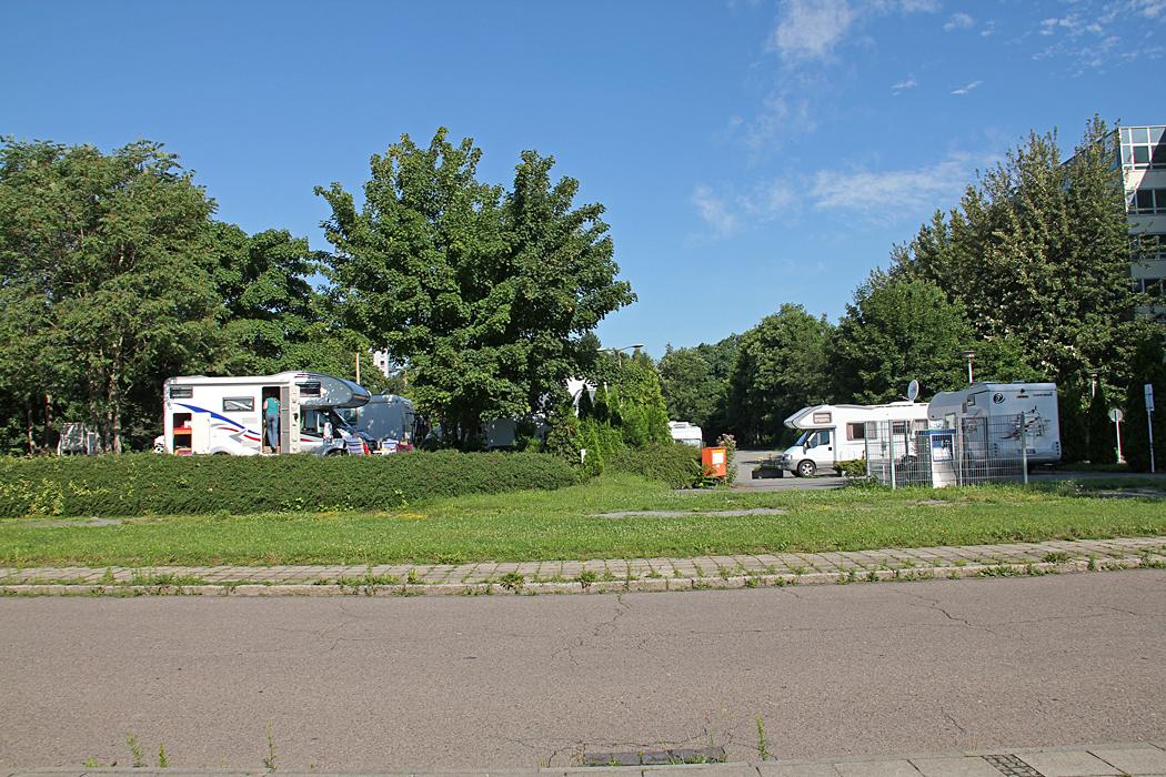 Wohnmobilstellplatz Am Blüherpark som vi flyttade till andra natten. Bilden är från 2012.