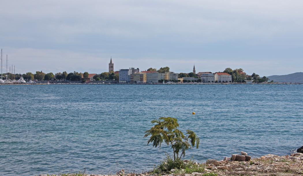 På väg in mot centrum får man en fin utsikt mot själva centrumkärnan av Zadar.