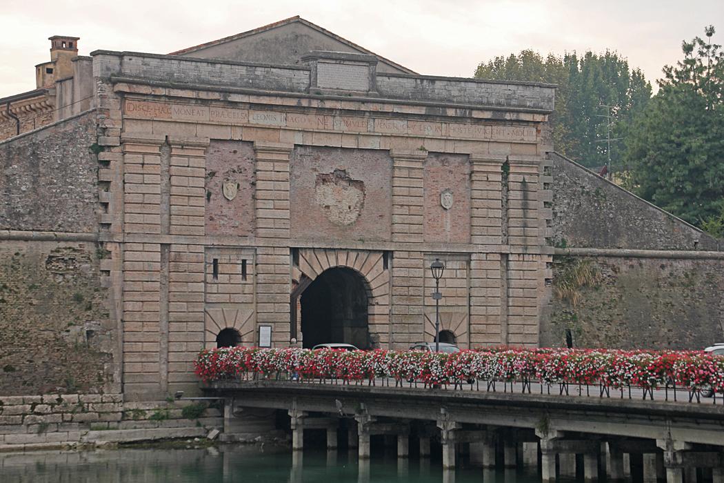 Porta Verona från 1500 talet.