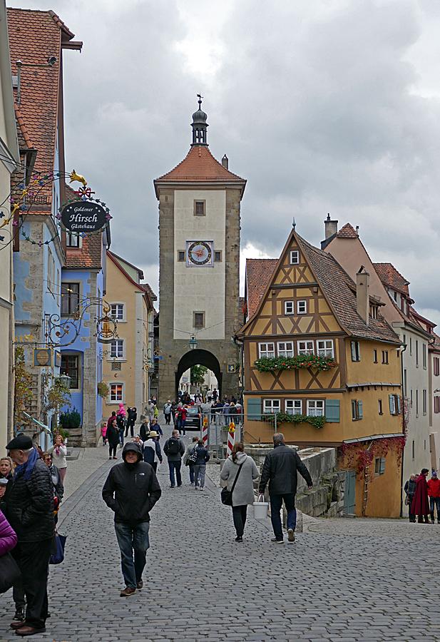 Rothenburg ob der Tauber är en mysig stad med många korsvirkeshus.