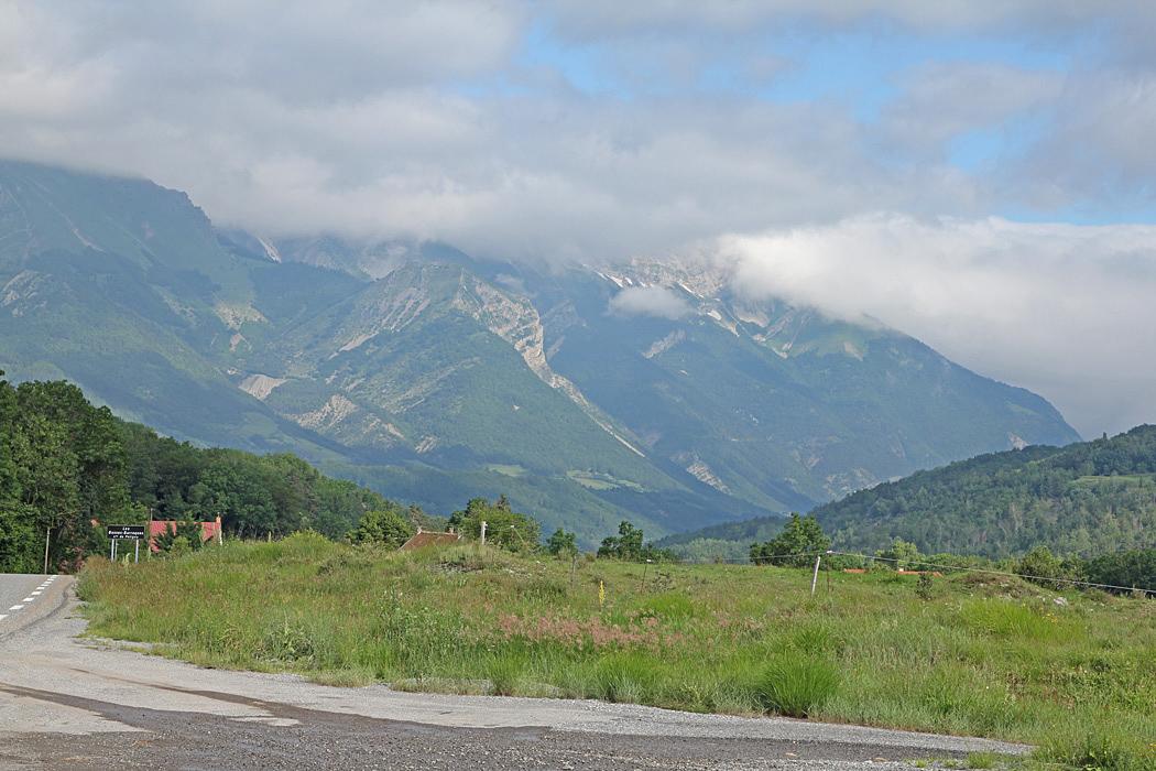 På väg mot Grenoble på Route de Napoleon.