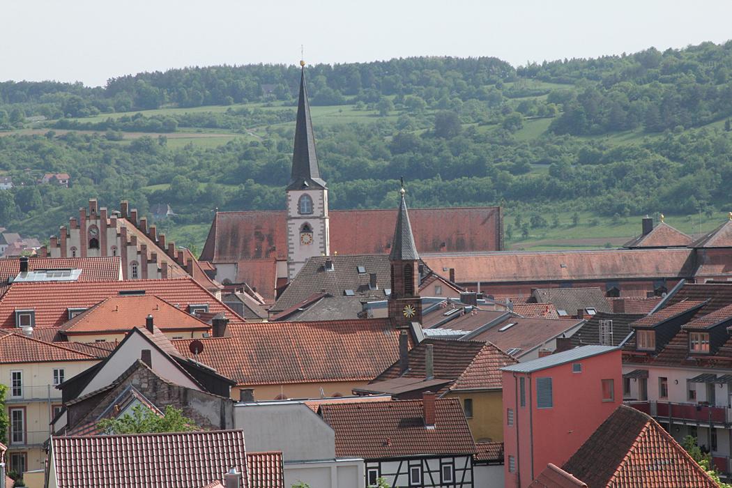 Hammelburg uppifrån ett litet utsiktstorn.