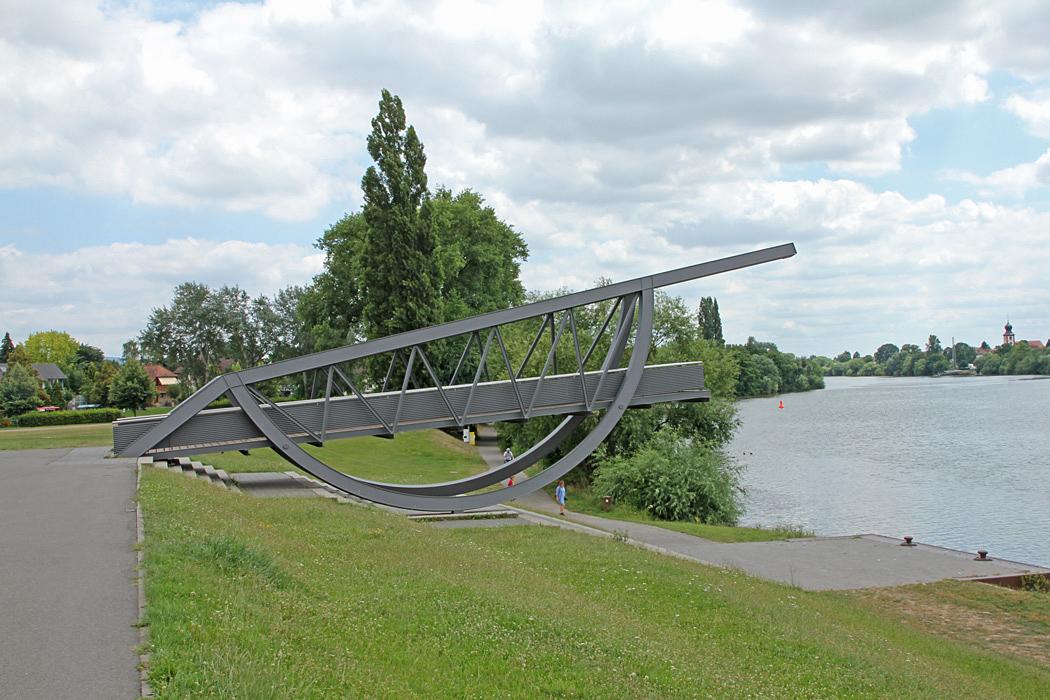 En utsiktsplats över floden Neckar.