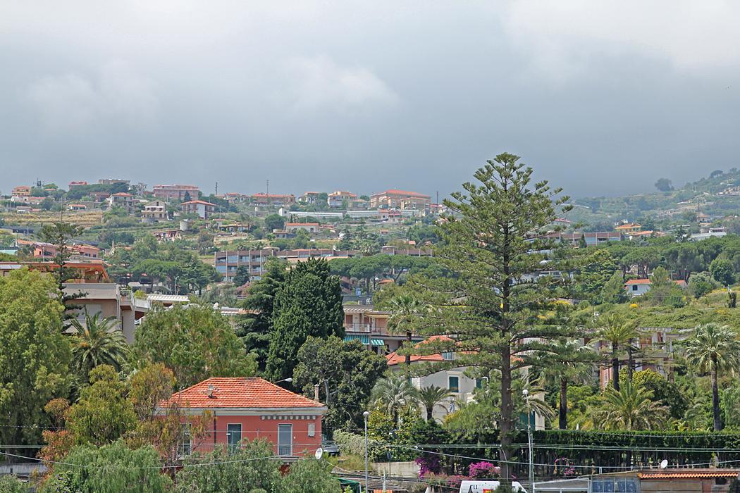 Utsikt från ställplatsen i Sanremo.