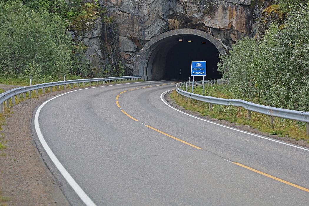 Många tunnlar åkte vi igenom på  Lofoten.