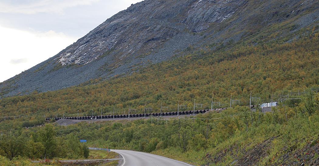 Malmtåg på väg mot utlastningshamnen i  Narvik.
