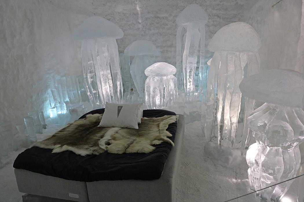 Rummen är handgjorda och unikt designade av konstnärer från världens alla hörn.