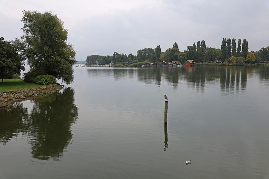 Utsikt från slottsbron i Schwerin.