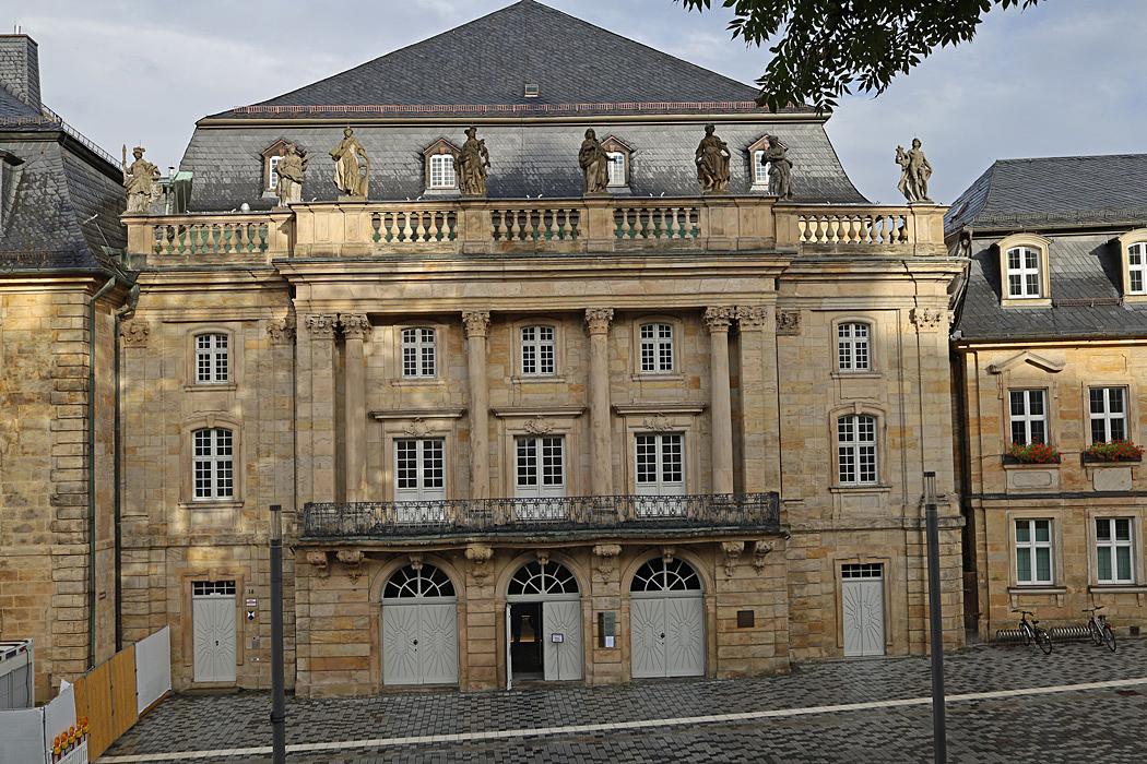 Operahuset i Bayreuth byggdes 1746 - 50 och finns på Unescos världsarvslista.