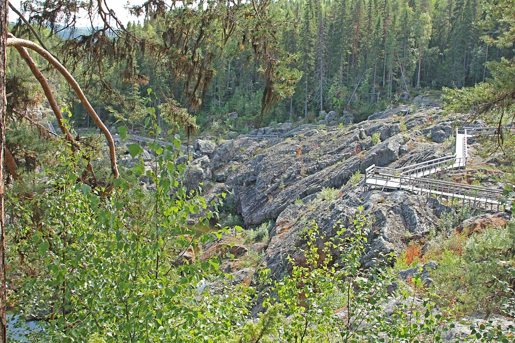 För drygt 200 år sedan vart det mäktiga vattenfallet, Storforsen tomt och tyst.