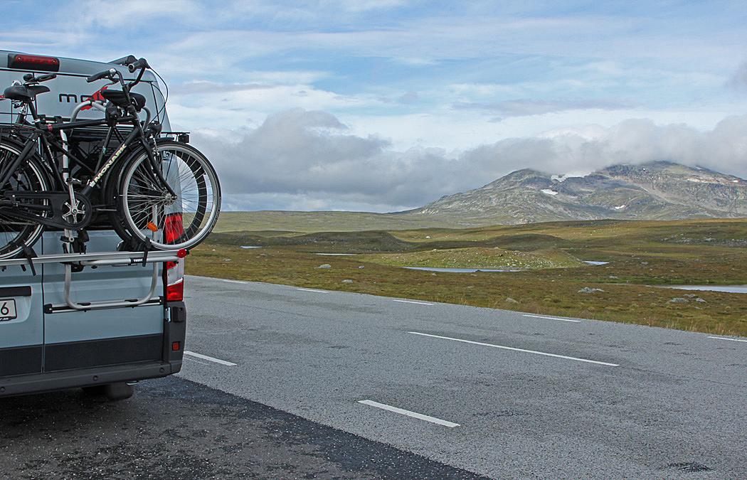 Vildmarksvägen är Sveriges högst belägna asfalterade väg, 876 meter över havet.